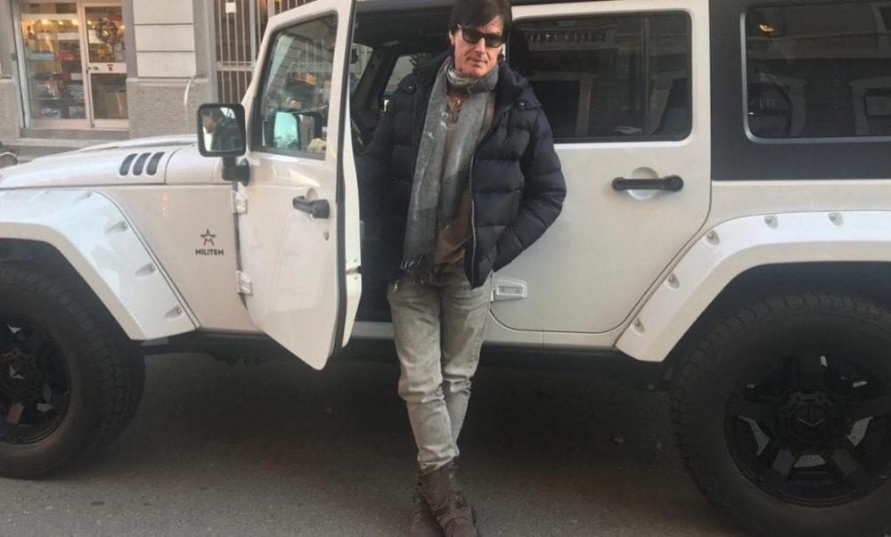 Ronn Moss jeep militem wrangler