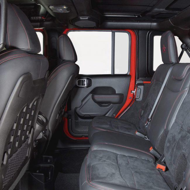 interni jeep wrangler militem alcantara sedili