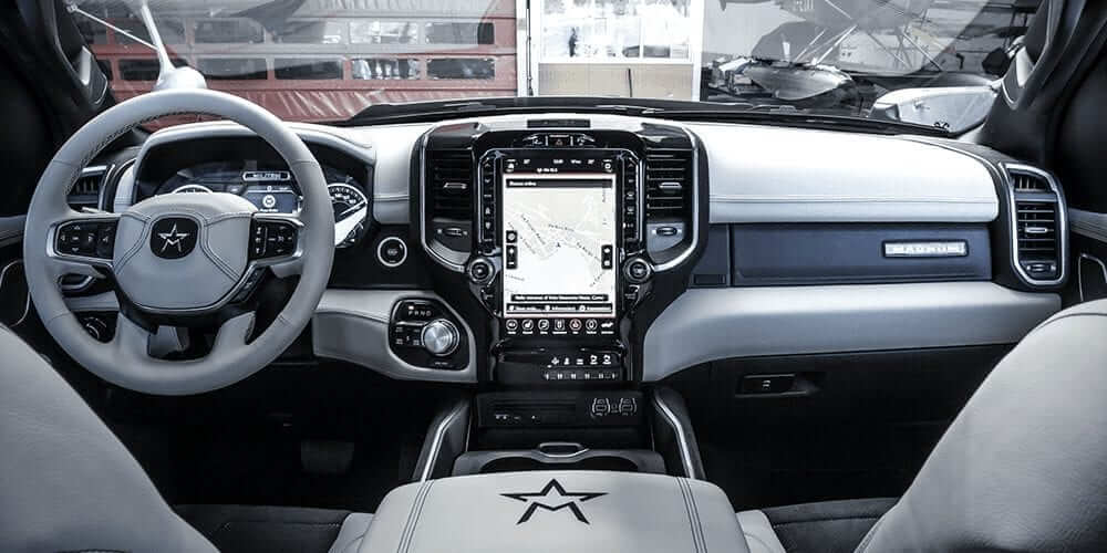 luxury american pick-up interior magnum militem